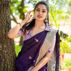 Divi Vadthya Latest Traditional Pics
